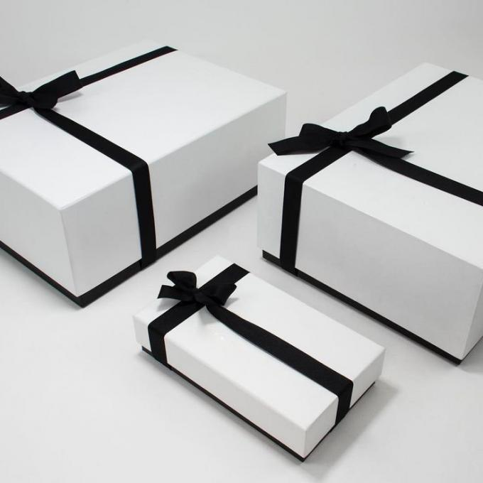 Elegant Pink Lid And Base Boxes , Customized Size Cardboard Gift Boxes For Album