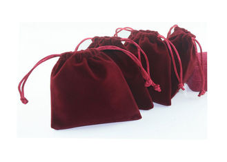 Personalized Red Velvet Drawstring Pouch Foil Logo For Jewelly Packaing