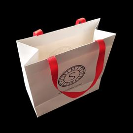 White 300 Gsm Matte Paper Shopping Bags Matte Lamination With Ribbon Handle