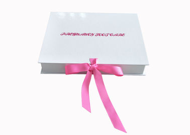 Ribbon Closure Folding Gift Boxes White Glossy Insole Packaging Box For Women