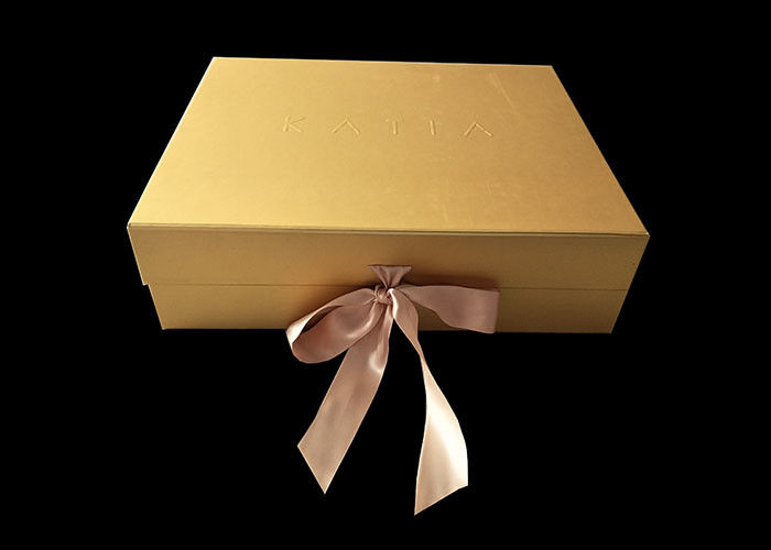 Golden Paper Folding Magnetic Packaging Gift Boxes Hard For Hair Wigs supplier