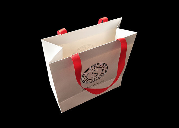 Biodegradable Shopping Personalized Paper Bags Garments Luxury Paper Branded supplier