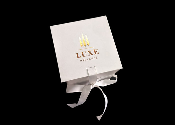 White Carton Square Flat Folding Boxes With Ribbon Open / Closure supplier