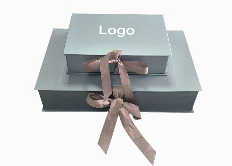 Metallic Color Papercraft Gift Box Embossed Logo For Baby Clothes Packaging supplier