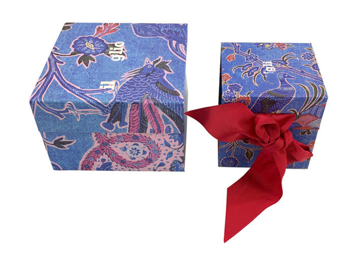 Recycled Folding Gift Boxes Cardboard Packaging Magnetic Closure Eco - Friendly supplier