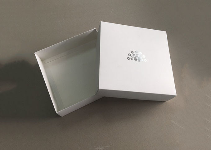 350gsm White Cardboard Paper Box Full Color Printed Customized Size
